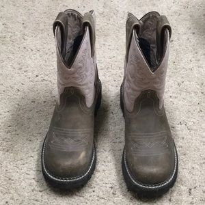Ariat Boots in Good Condition